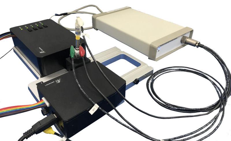 SEC2020 Spectrometer system and Model 2325 Bi-Potentiostat